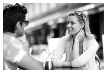 Top 5 Cách Nói Chuyện Hài Hước Với Con Gái Không Thể Bỏ Qua